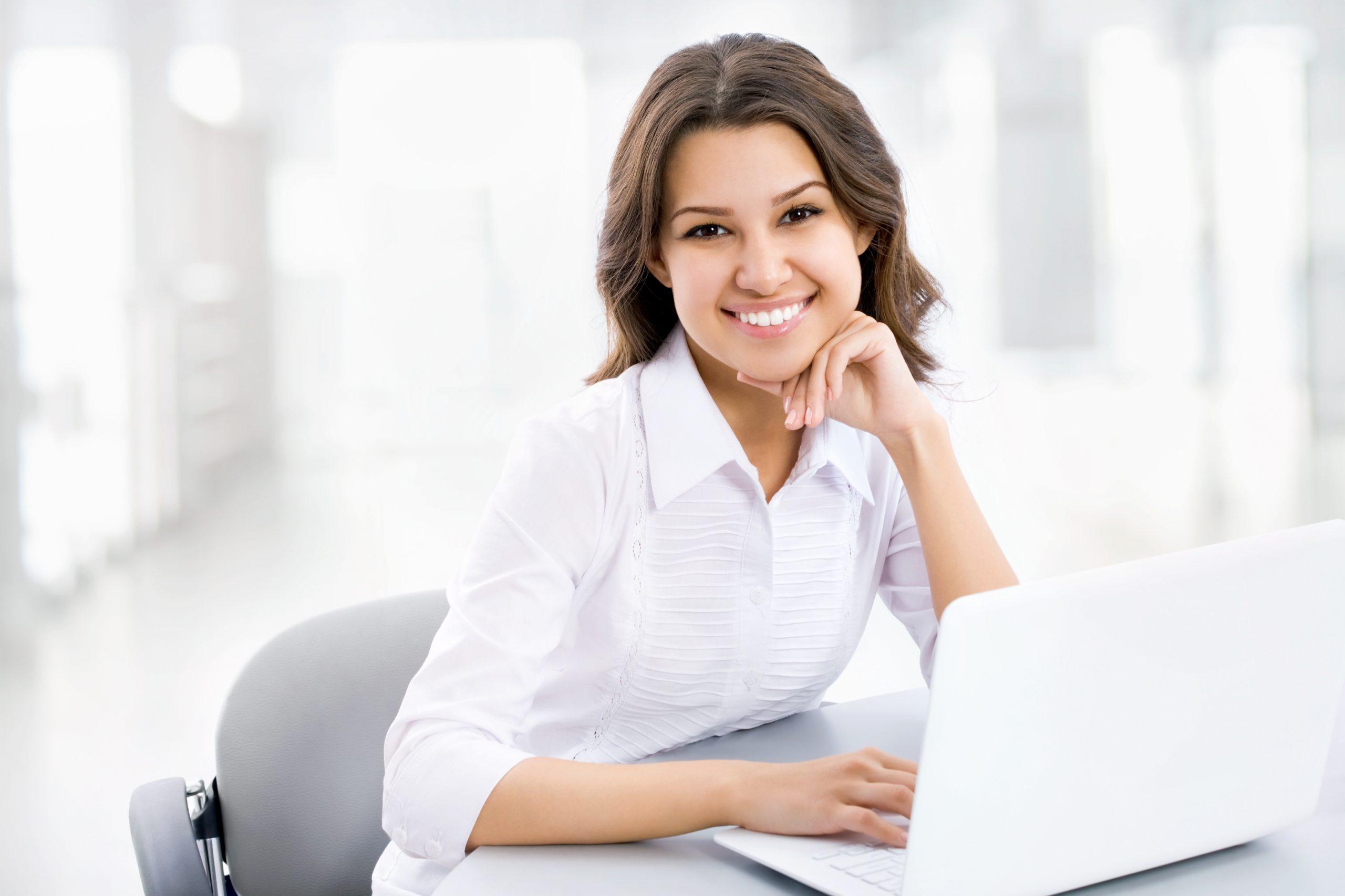 Woman workikng at computer